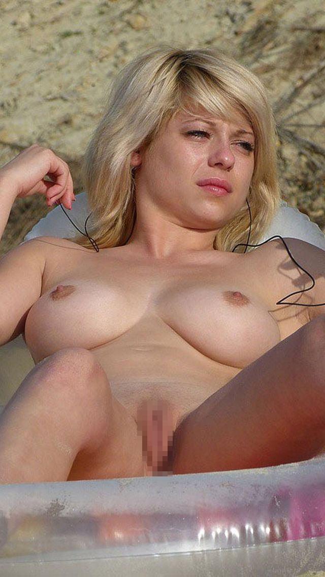 セクシー爆乳貧乳金髪ブロンド外国人エロ画像9枚目