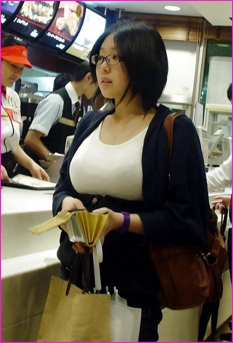 ムチムチ爆乳巨乳熟女人妻の売春写メエロ画像流出16枚目