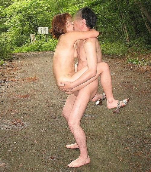 熟女人妻熟年夫婦のハメ撮りエッチ盗撮エロ画像7枚目