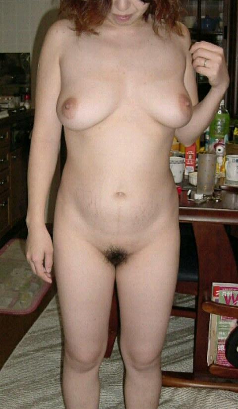 剛毛爆乳垂れ乳デブ熟女ラブホハメ撮り盗撮エロ画像14枚目