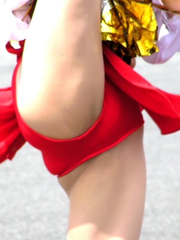 女子大生チアガールの開脚おまんこくぱぁエロ画像2枚目