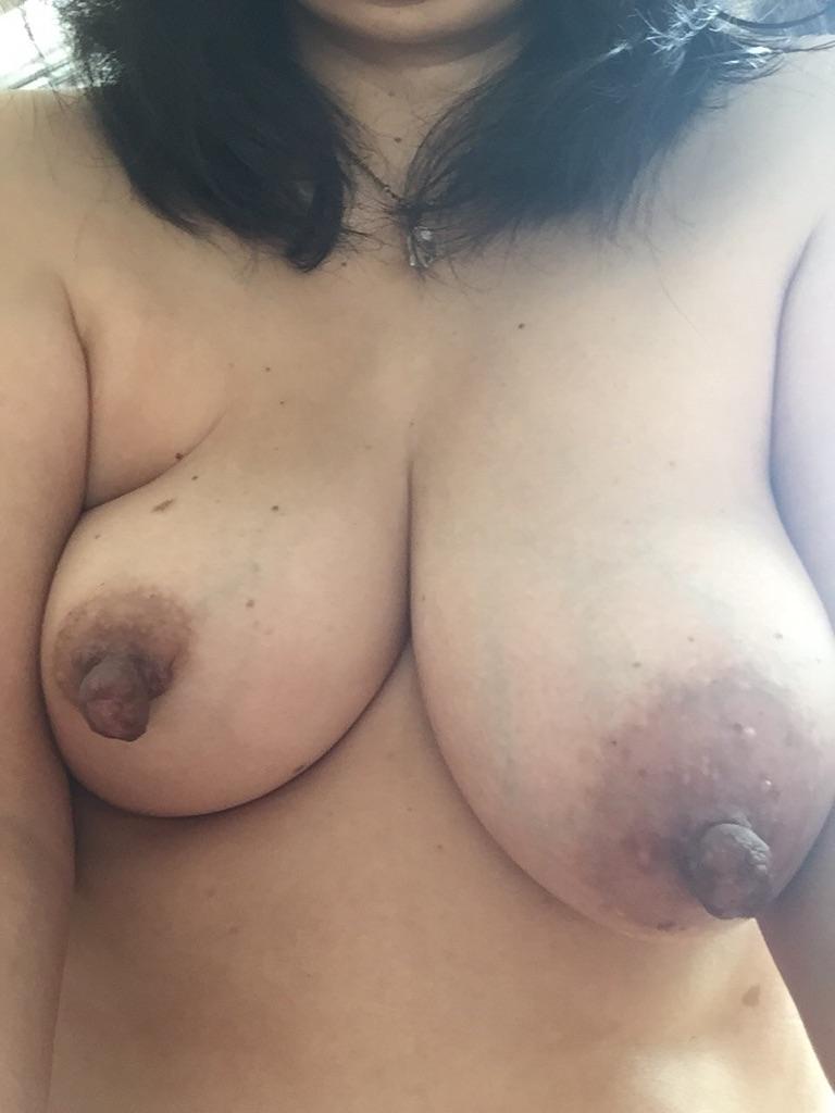 乳首 汚い