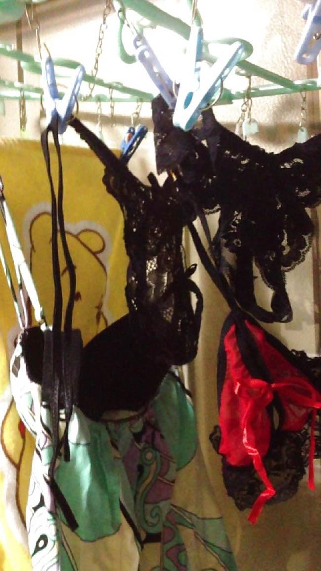 体育大学女子大生のベランダの下着盗撮エロ画像16枚目