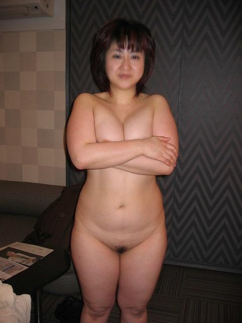 ムチムチデブ熟女ラブホ不倫垂れ乳エロ画像流出16枚目