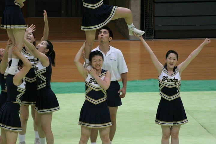 甲子園jkチアガール前かがみ胸チラ乳首盗撮エロ画像12枚目