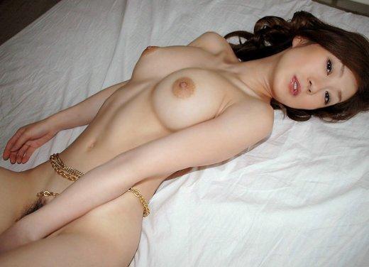 出産したばかりの美人若妻のラブホ不倫エロ画像8枚目