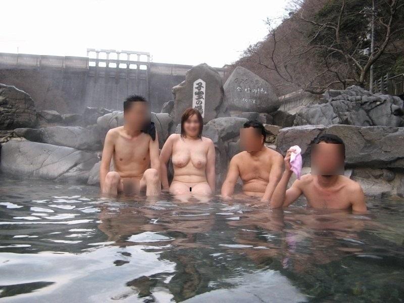 熟女ピンクコンパニオン温泉集団レイプエロ画像13枚目