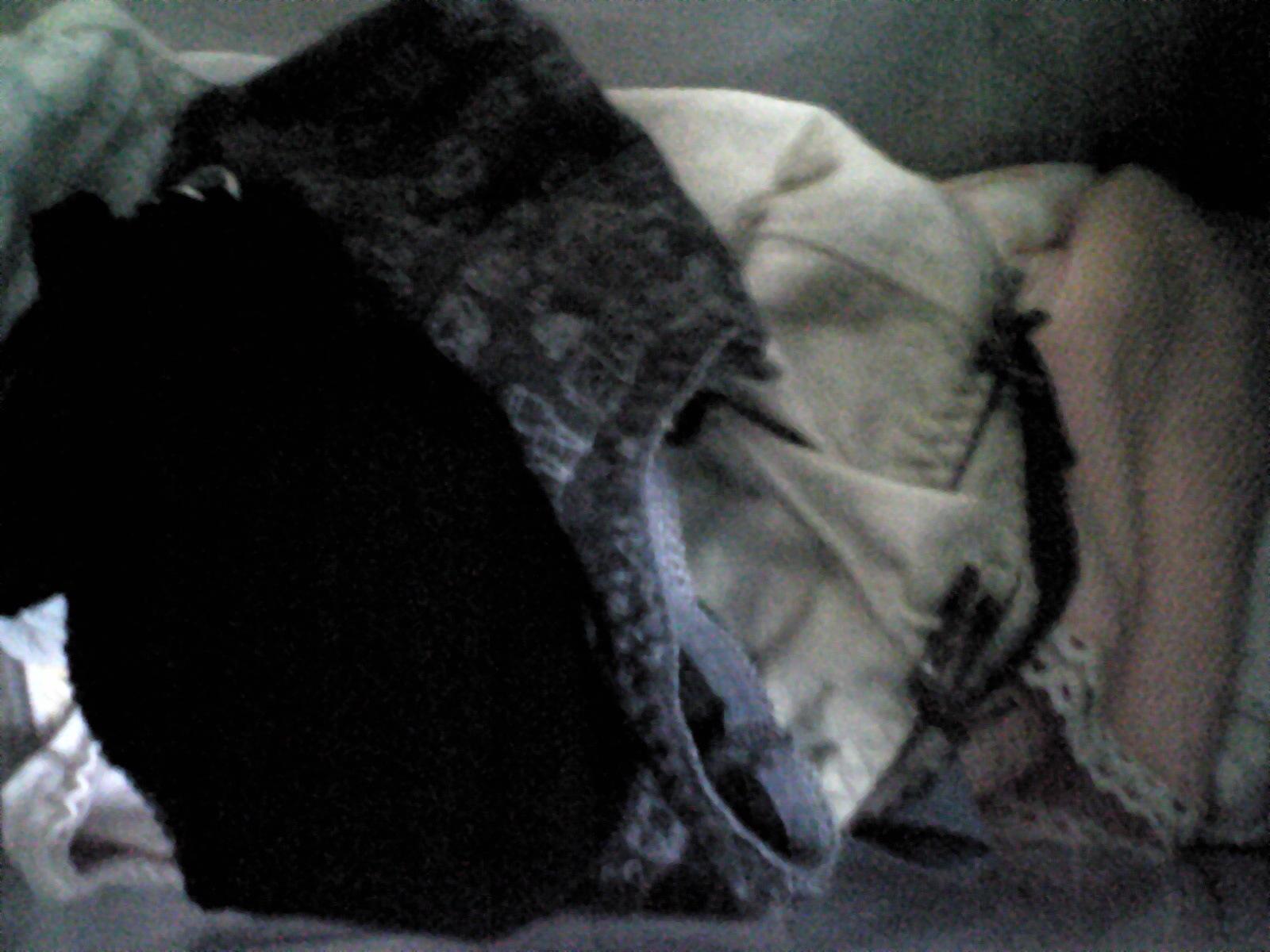 初潮を迎えたjc妹のタンスの中の下着盗撮エロ画像8枚目