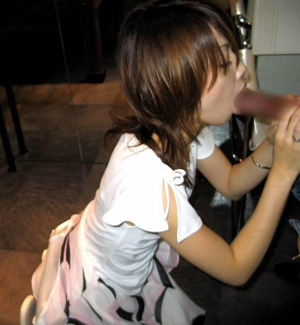超熟女人妻のフェラオナ豆デカ乳首エロ画像流出9枚目