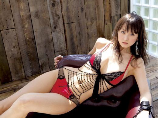 M男虐めが得意な痴女セクシーランジェリーエロ画像7枚目