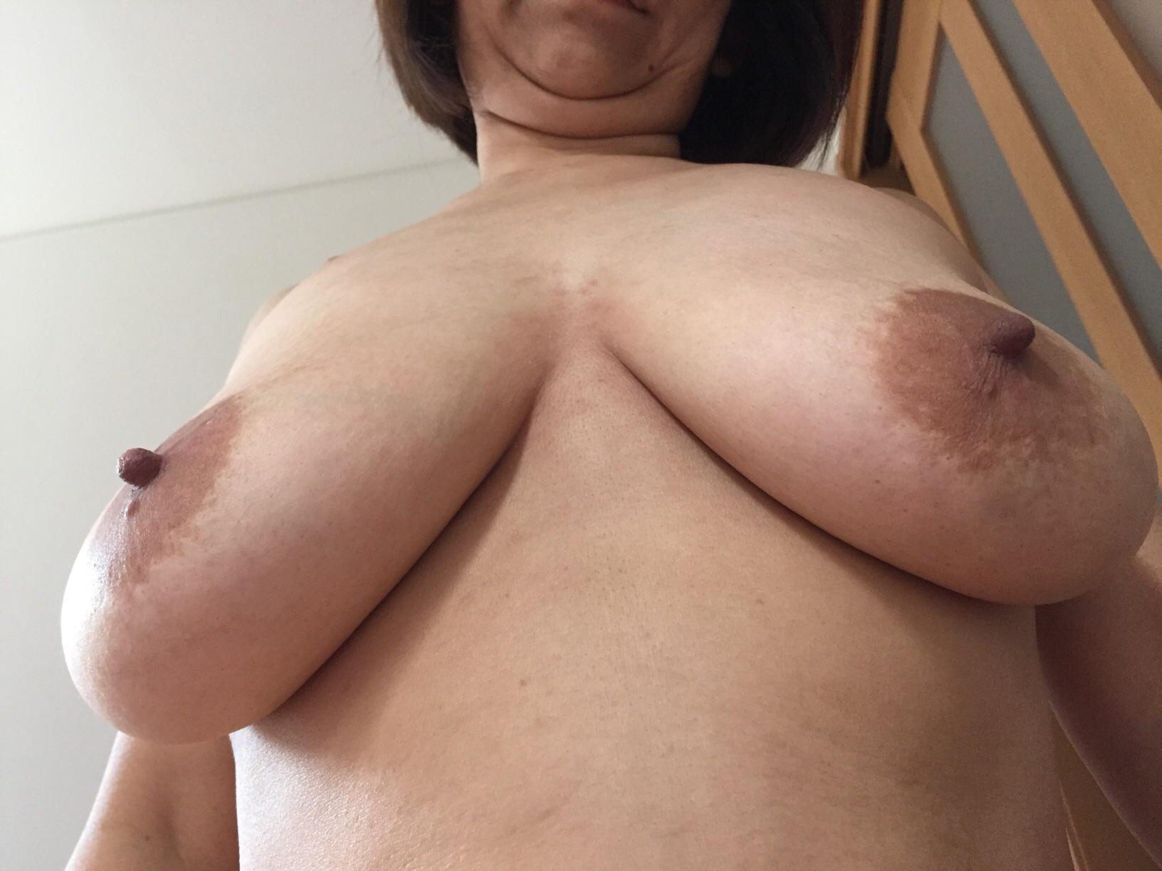 超マニア向け!巨漢爆乳デブス熟女調教エロ画像13枚目