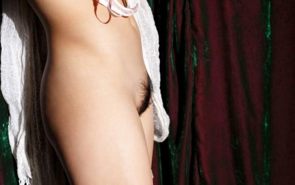 綺麗に整えられた剛毛まん毛ボーボーエロ画像7枚目