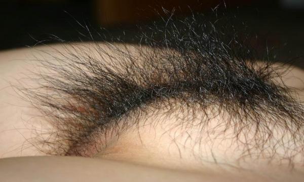 密度が濃い剛毛まん毛ボーボーグロマンエロ画像7枚目