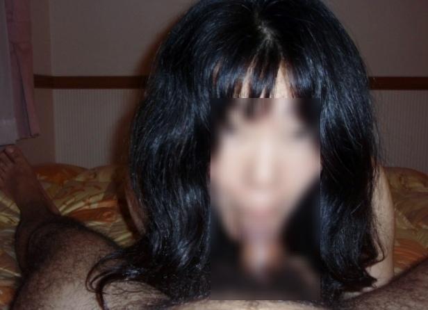バキュームフェラを顔出しハメ撮りする熟女エロ画像7枚目