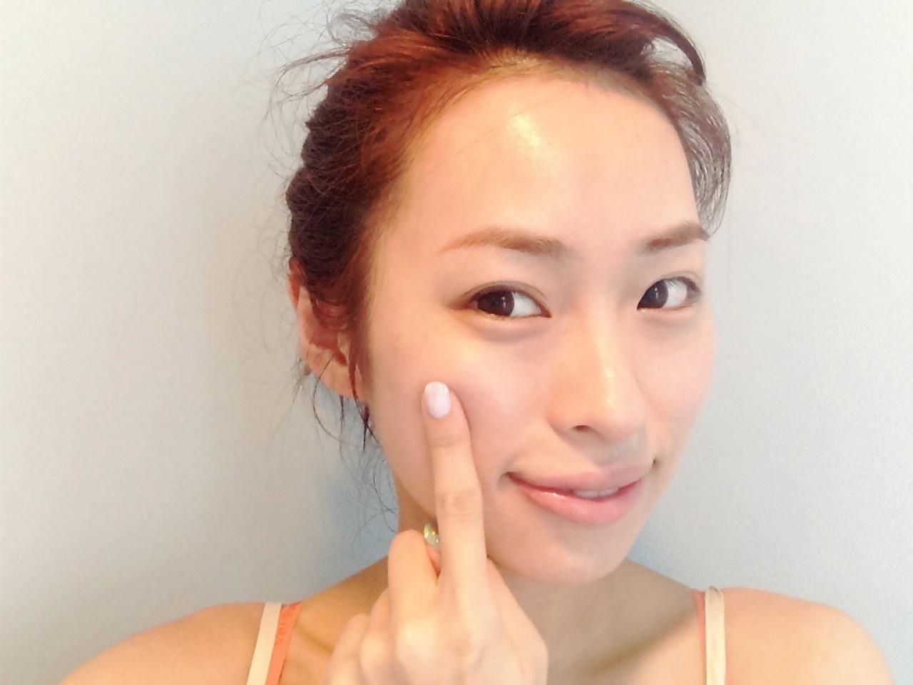 AKBパンチラとまん肉大島優子ポロリお宝エロ画像4枚目