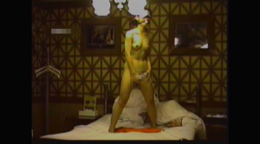 不倫相手に緊縛拘束調教される巨乳熟女のエロ画像5枚目