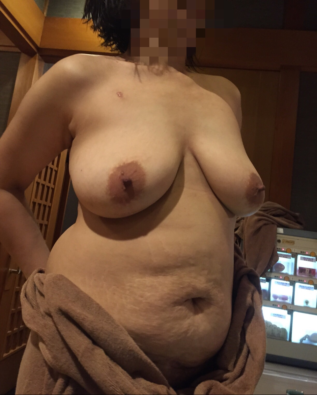 デブ専オフパコでデブ熟女とハメ撮りスワップエロ画像11枚目