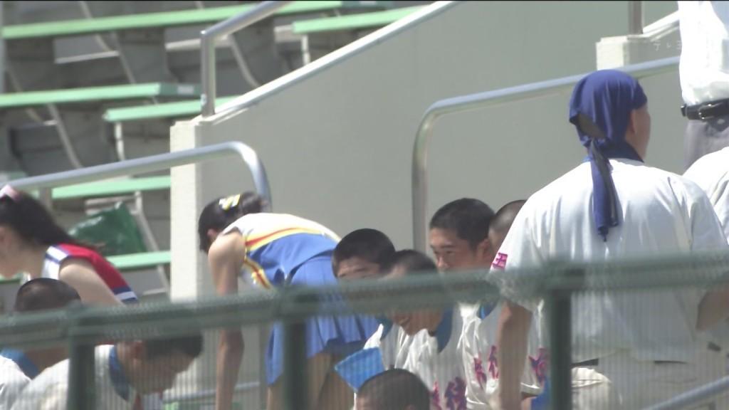 甲子園jkチアガール下着を逆さ盗撮するオマイラ画像7枚目