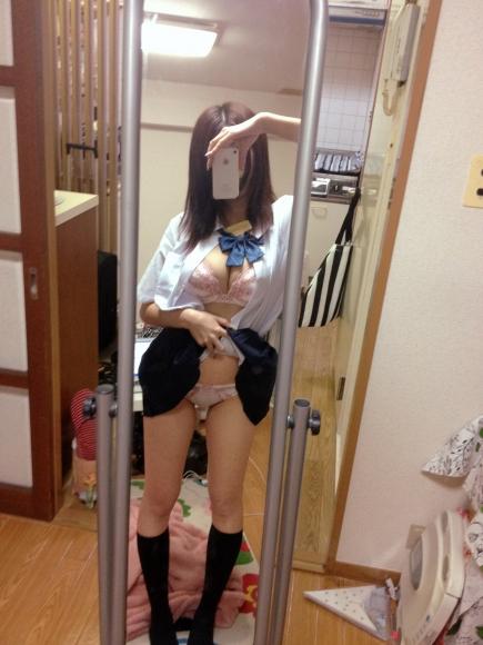 ぱいぱん素人jkおっぱいおまんこ自撮り写メエロ画像12枚目