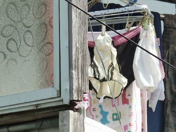 下着泥棒が盗撮したjk妹のBカップベランダ下着エロ画像10枚目