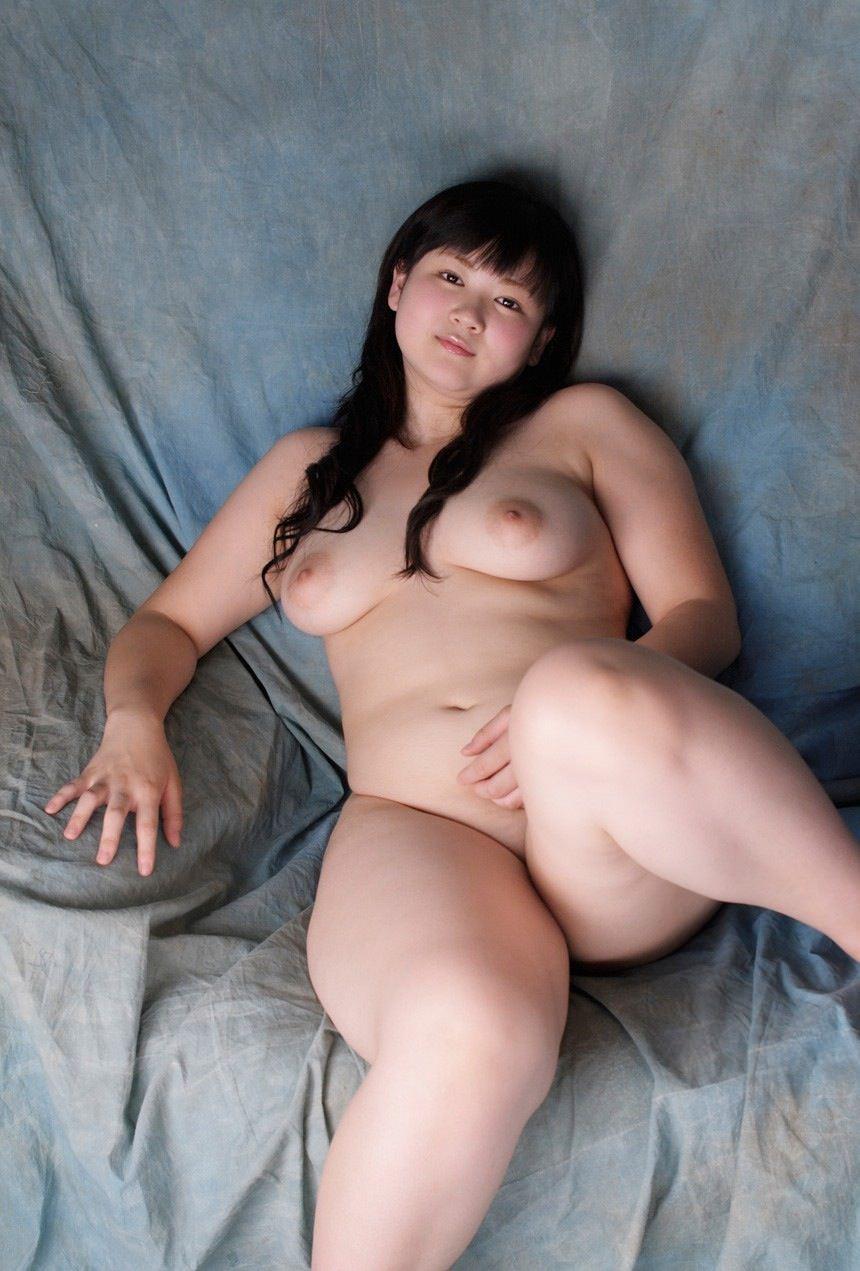 デブス貧乳で剛毛な素人セフレハメ撮り流出エロ画像5枚目