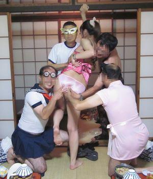 お座敷宴会ピンクコンパニオンのレイプ寸前エロ画像6枚目