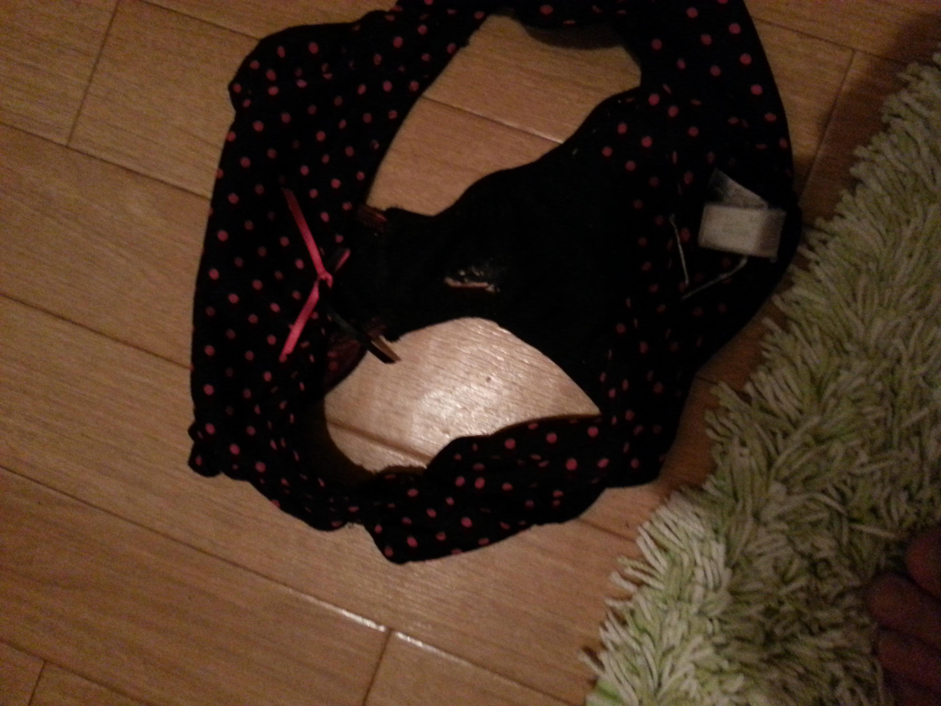 洗濯前のjk妹のクロッチシミ汚れ下着盗撮エロ画像3枚目