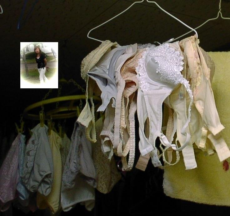 腋汗シミjk妹のブラジャー下着をベランダで盗撮エロ画像8枚目