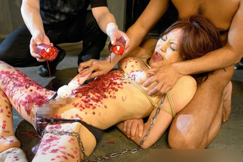 肥大乳首が揺れるペニクリ男の娘セックスエロ画像13枚目