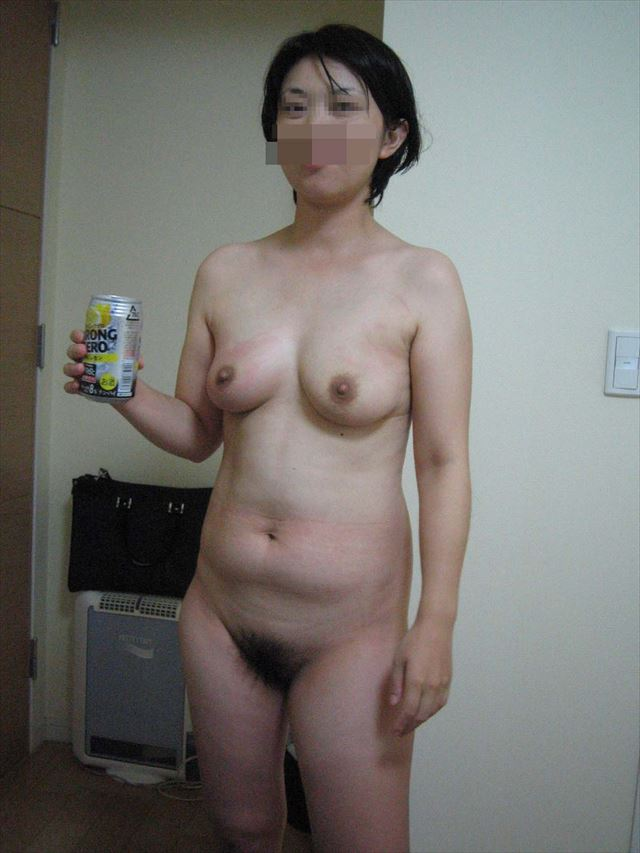 巨乳人妻のSNSアプリで不倫した写メ流出エロ画像9枚目