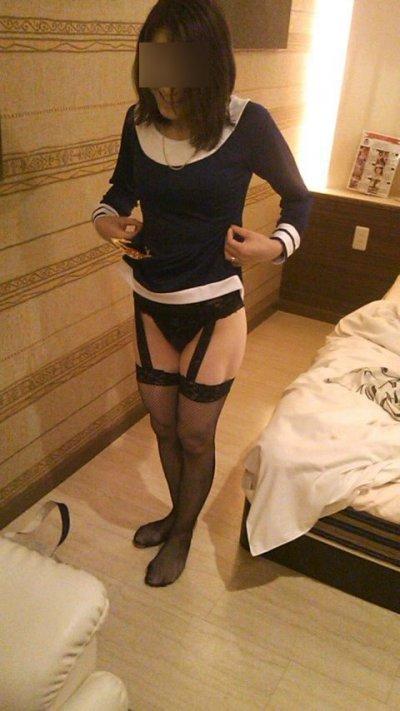 小柄なロリ人妻と出会い系で逢って不倫したエロ画像6枚目