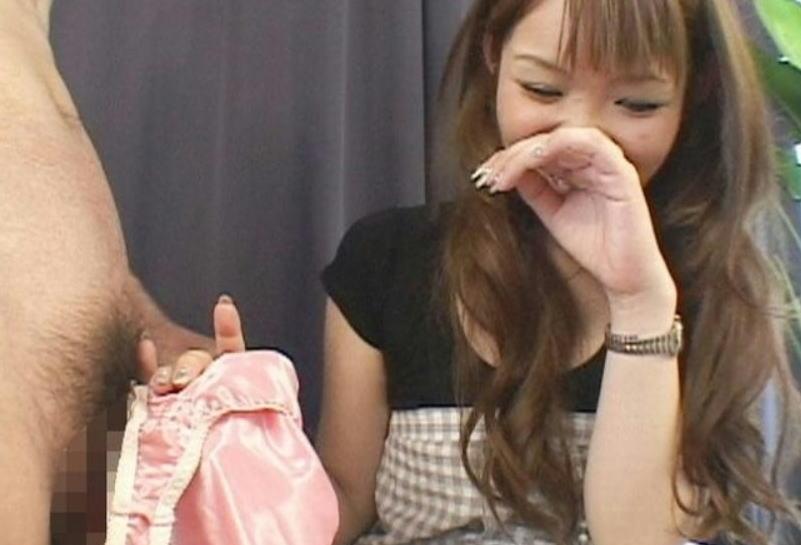 女装姿でパンコキ強制射精を強請るエロ画像10枚目