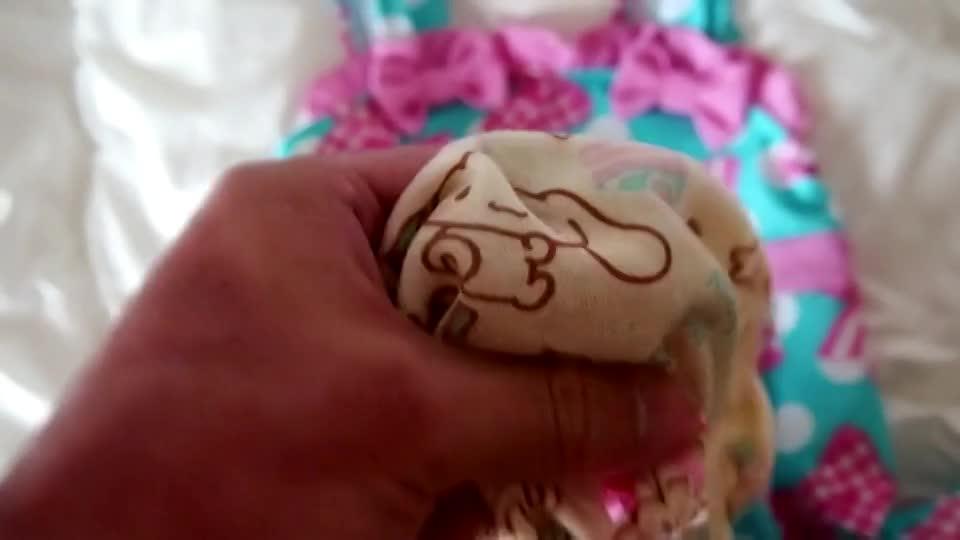 吉岡里帆のおまんこの形が透けてる魅惑エロ画像5枚目