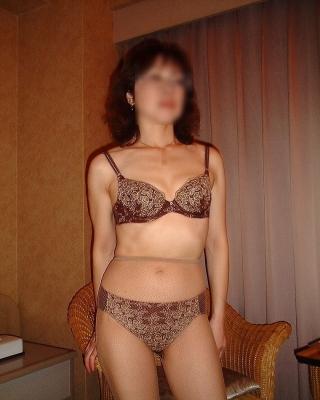 熟女の恥ずかしい矯正下着を履いた不倫デブエロ画像11枚目