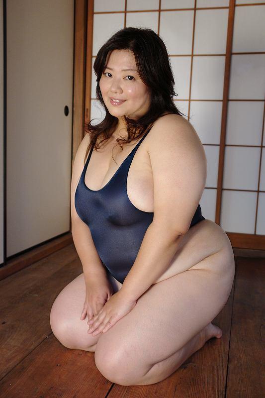 巨漢なデブ女の顔面騎上位するフェチエロ画像11枚目