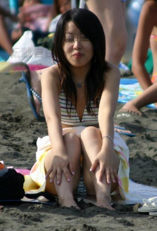 女子大生の乳首とまんこの透けポロリ水着エロ画像6枚目