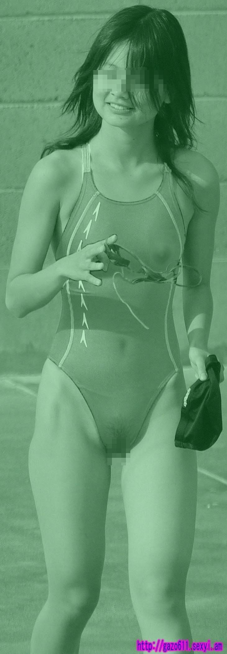 膨らみかけも剛毛も赤外線盗撮で透けたjkのエロ画像14枚目