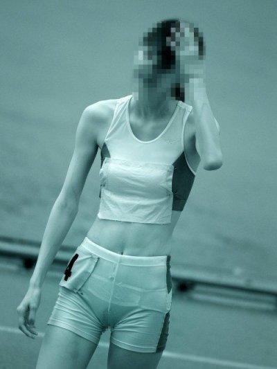 陸上jk女子の透けた股間まん毛赤外線盗撮エロ画像16枚目