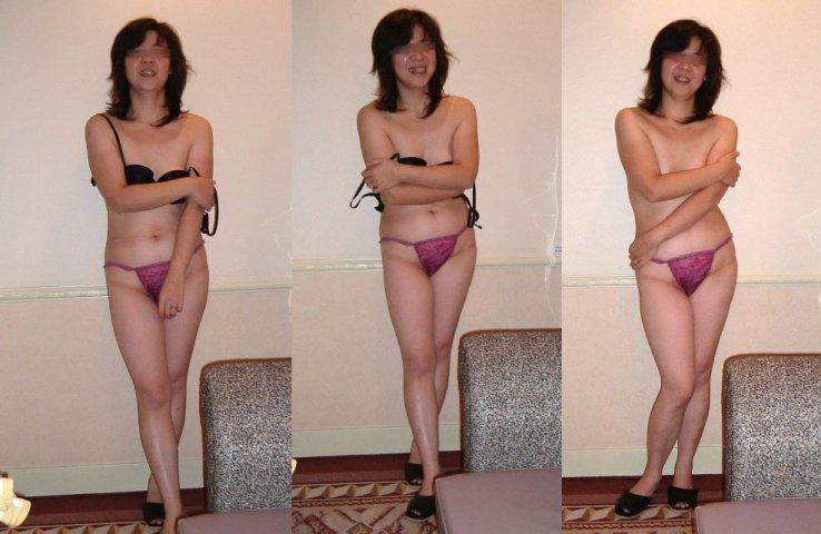 熟女がたるんだ身体で不倫している下着エロ画像14枚目