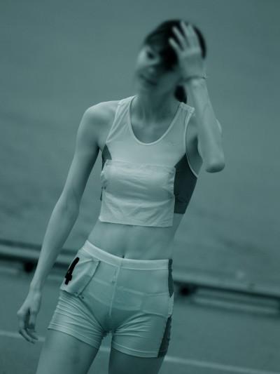 女子陸上選手の走り終えた姿の赤外線盗撮エロ画像6枚目