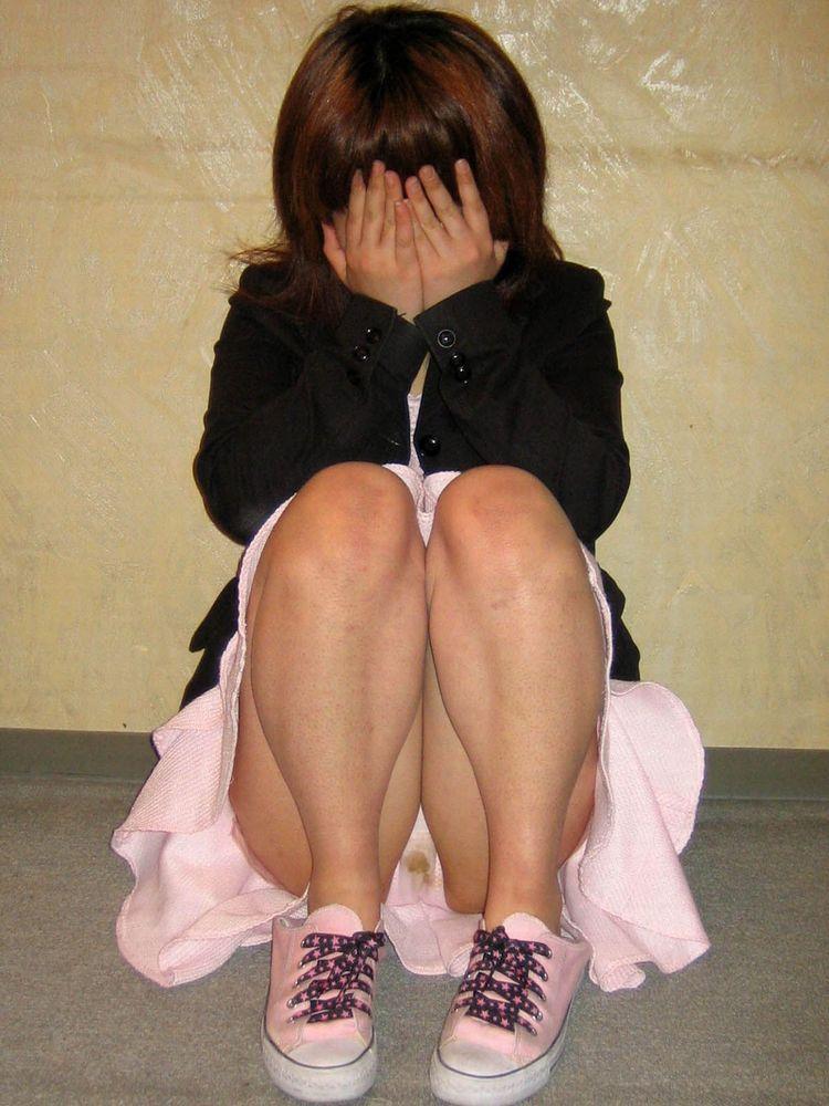 野外調教された妹の汚れた染み付きクロッチ下着画像