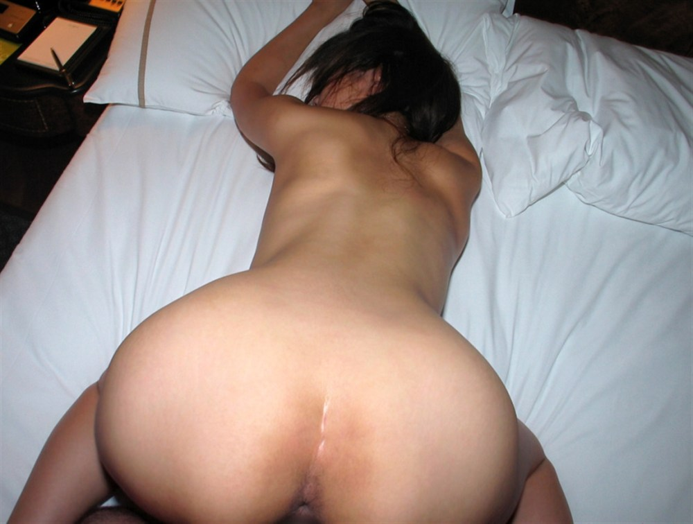 垂れ乳人妻がシックスナインフェラする不倫のエロ画像10枚目
