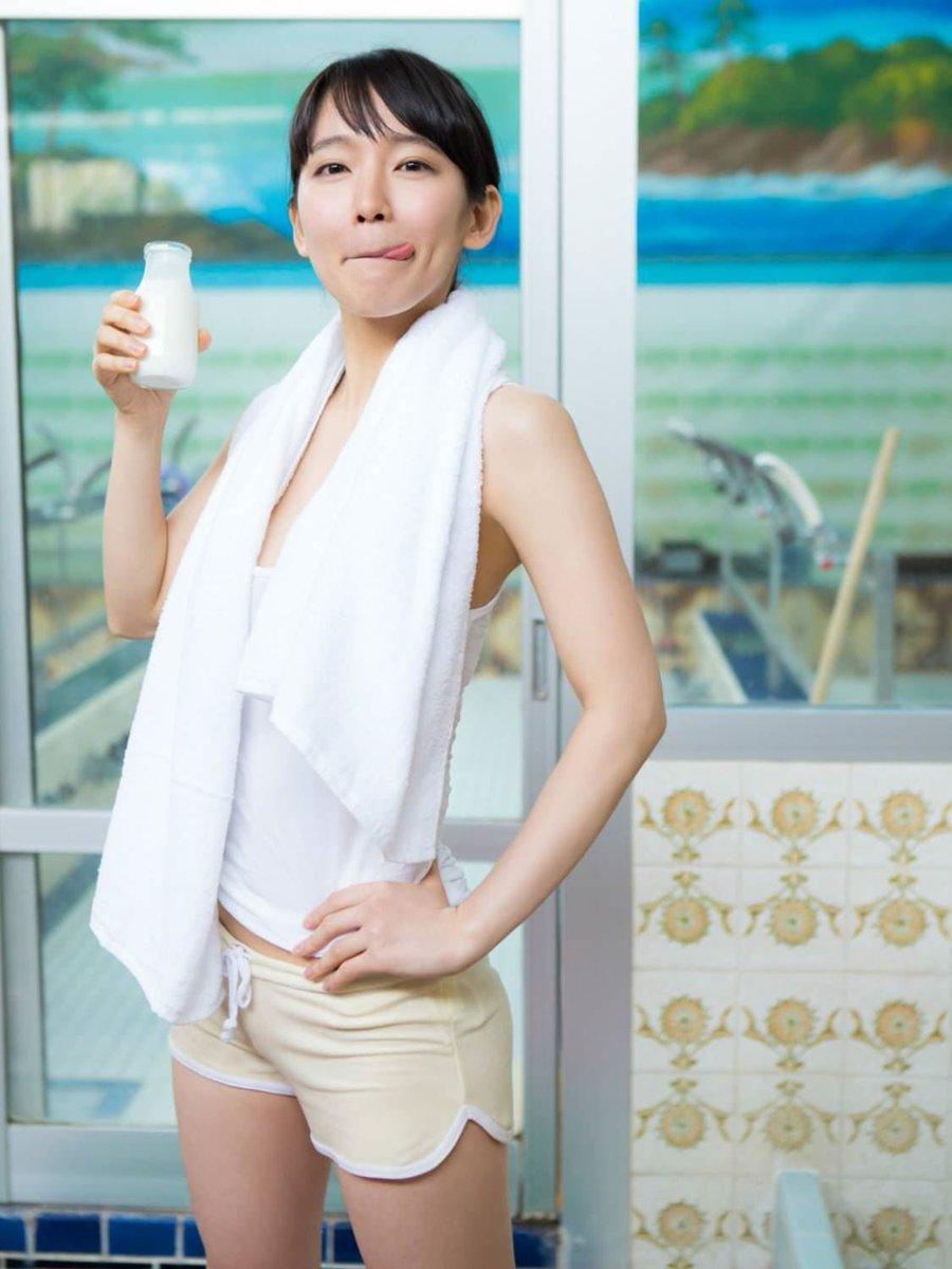 口内射精フェラでごっくんする吉岡里帆のお宝エロ画像1枚目