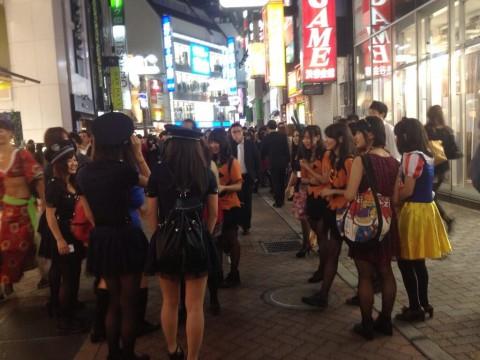 渋谷のハロウィンは中出し射精も全然OKなエロ画像5枚目
