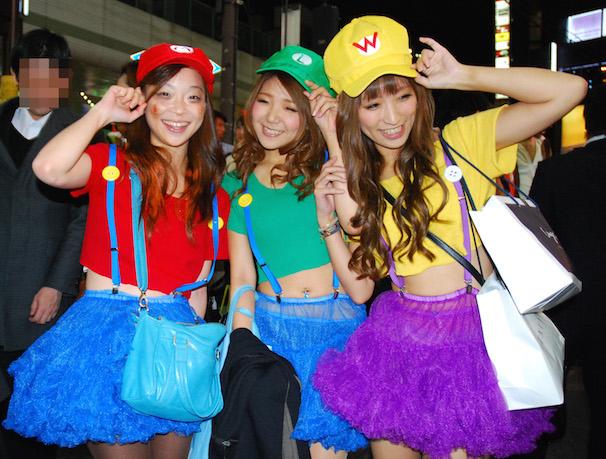 渋谷のハロウィンお持ち帰りエロコスプレエロ画像9枚目