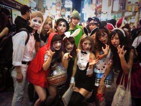 渋谷のハロウィンお持ち帰りエロコスプレエロ画像11枚目