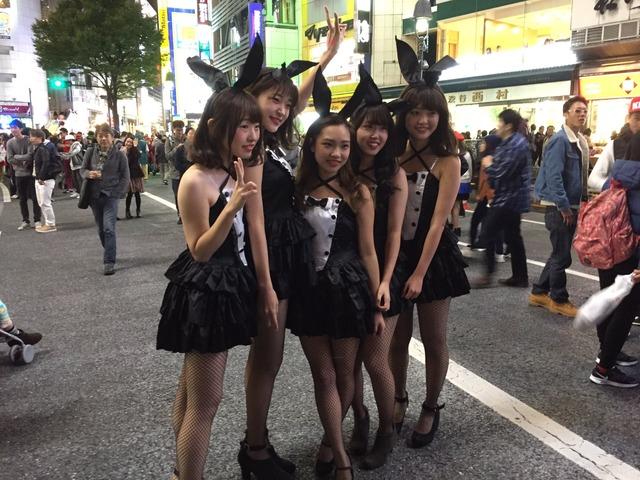 ピルを飲んで渋谷のハロウィンに来るエロコスプレ画像6枚目