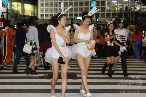 アフターピルを飲む渋谷ハロウィンのエロコスプレエロ画像15枚目