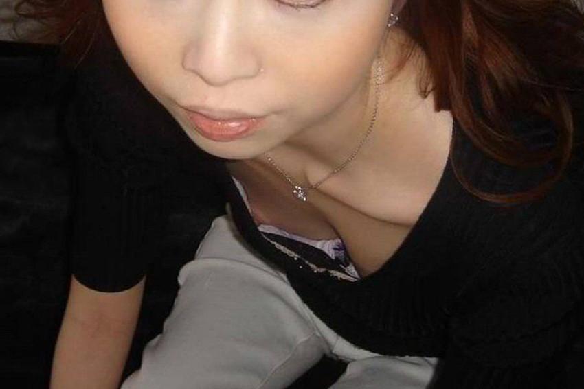 可愛いjk妹がノーブラで未熟な乳首が胸チラした盗撮エロ画像5枚目
