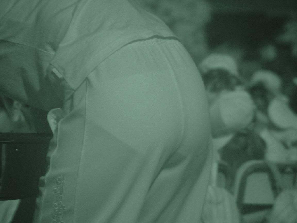 赤外線盗撮で顕になった女子バレー下着エロ画像5枚目